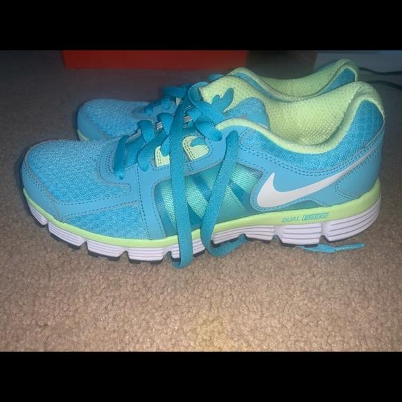 Nike Shoes - Nike Dual Fusion Running Shoes